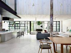 Fitzroy loft - wooden beams