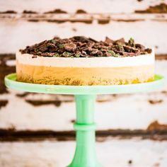 When you can't decide between and ice cream or a cake... Peppermint Crisp, Caramel Treats, Easy Weekday Meals, Caramel Ice Cream, South African Recipes, Take The Cake, Cake Tins, Cream Cake, Serving Platters
