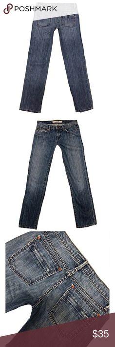 "JOE'S JEANS SZ 26 Straight Distressed Blue Jeans JOE'S JEANS Women's*SZ 26*Straight Distressed Med Wash Blue Jeans*Inseam 29""100% Cotton Joe's Jeans Jeans Straight Leg"