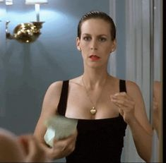 Jamie Lee Curtis in True Lies wonderful, fab loved it Jamie Lee Curtis Young, Tony Curtis, Actress Eva Green, Famous Girls, Celebs, Celebrities, Girls In Love, Miley Cyrus, Classic Hollywood