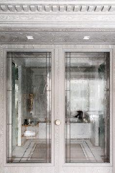 Home Interior Modern .Home Interior Modern Glamorous Bathroom, Beautiful Bathrooms, Wood Glass Door, Glass Doors, Architecture Restaurant, Casa Loft, Contemporary Bedroom, Contemporary Cottage, Contemporary Apartment