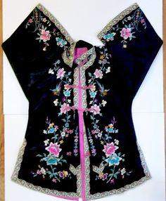 Fabulous antique Chinese Kesi woven silk brocade embroidery wedding robe coat