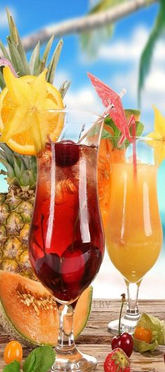 These drinks make me want to go to the beach... #tropicaldrinks