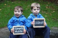 Repeat Crafter Me: Exciting News! Cute way to announce pregnancy