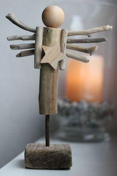 Driftwood Angel Art Christmas - Driftwood Art - The World Driftwood Wreath, Driftwood Crafts, Christmas Wood, Primitive Christmas, Boho Diy, Angel Art, Craft Sale, Winter Theme, Woodworking Crafts