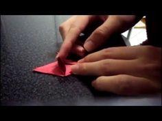Vídeo tutorial do kusudama Laslo. É o meu primeiro tutorial, então tem alguns defeitos =) O autor é o próprio Laslo (obrigado pela informação Caty =D)