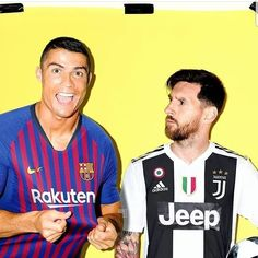Ha Imagine that messi and Ronald swapped teams Messi Vs Ronaldo, Ronaldo Football, Cristiano Ronaldo Juventus, Messi Soccer, Fifa Football, Soccer Memes, World Football, Humor Cristiano, Barcelona Messi