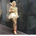 """5,895 Likes, 18 Comments - Gaun • Kebaya • Bridesmaid (@inspirasigaunmuslimm) on Instagram: """"#inspirasigaunmuslimmlebaran"""""""