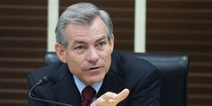 WASHINGTON -- House Republicans selected Rep. David Schweikert (R-Ariz.), who is on the record questioning whether humans are causing climate change, to head of the Science Committee's environment subcommittee.