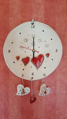 Ceramic Wall Art, Ceramic Pottery, Pottery Art, Diy Clock, Porcelain Clay, Pottery Designs, Air Dry Clay, Art Club, Clay Projects