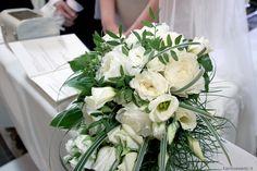 Bouquet sposa   Matrimonio nelle Langhe   Wedding in the Langa   Le cantine Contratto (Canelli)   Wedding designer & planner Monia Re - www.moniare.com   Organizzazione e pianificazione Kairòs Eventi -www.kairoseventi.it   Foto Photo27