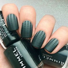 Most Popular and Trendy Nails Shapes for Glamorous Look ❤️ Amazing Square and Squoval Nails picture 2 ❤️ The importance of nails shapes is great since a wrongly picked one can ruin the whole manicure. But that does not mean that you cannot experiment!https://naildesignsjournal.com/popular-nails-shapes/  #nails #nailart #naildesign   #nailshapes