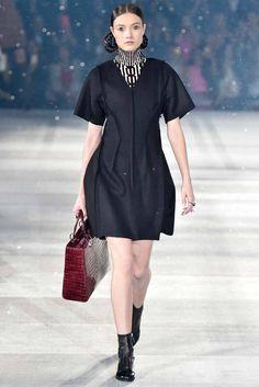 Christian Dior Pre-Fall 2015 - www.so-sophisticated.com