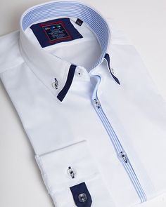 Double collar shirt | Blue and white striped pattern and flower detail