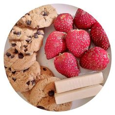 Breakfast #strawberry #milk #chocolate #yummy #food #love #cocooning #happy #breakfast #bon #appétit