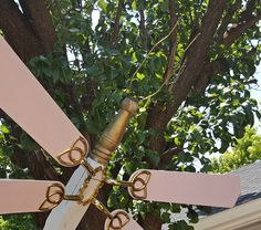 Fan blade and bed post dragonfly