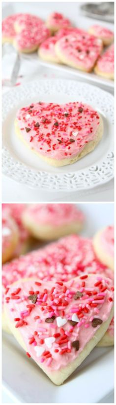 Lofthouse Style Soft Sugar Cookie Recipe on twopeasandtheirpod.com The PERFECT sugar cookie!