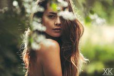Model / Actress: Melissa van Beek - Features: Freckles Eurasian Asian Mixed Natural Brunette Beauty Make-up Fringe Bangs - Location: Holland / Dutch / Netherlands - Photo: Black White Color Portrait Fashion Faces Photoshoot Studio Light - Photographer: Xenia  - Client: