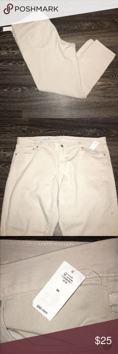 GAP brand girlfriend jeans GAP Girlfriend jeans in tan, lightweight and so cute. Perfect for summertime!!! GAP Jeans Straight Leg