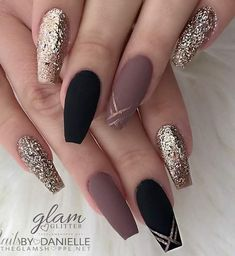 ideas of matte black coffin nails, matte black nails; - ideas of matte black coffin nails, matte black nails; Cute Acrylic Nails, Acrylic Nail Designs, Nail Art Designs, Black Nail Designs, Acrylic Nails For Fall, Coffin Nail Designs, Coffin Nails Designs Kylie Jenner, Acrylic Nail Tips, Autumn Nails
