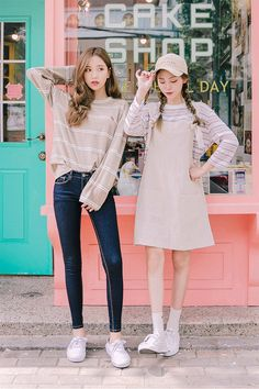 Korean fashion ulzzang inspiration asian style 2017 38 - YS Edu Sky Korean Fashion Trends, Korean Street Fashion, Korea Fashion, Asian Fashion, Cute Fashion, Look Fashion, Girl Fashion, Womens Fashion, Kawaii Fashion