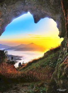 Cave Of Hearts in Doi Pha Tang, Chiang Rai _ Thailand
