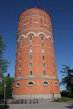 Vieja torre de agua en Norrköping.