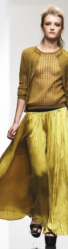 Farb-und Stilberatung mit www.farben-reich.com - Liviana Conti Spring Summer 2015 Ready-To-Wear collection