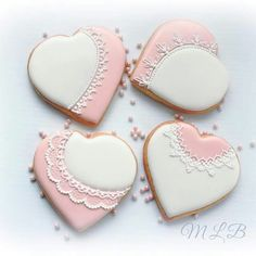 My Little Bakery Lace Cookies, Royal Icing Cookies, Cupcake Cookies, Cupcakes, Heart Shaped Cookies, Heart Cookies, Valentines Day Cookies, Holiday Cookies, Valentine Cards