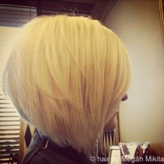 Tired of trying to grow my hair out and thinking of going back to a stacked bob... Love this one!