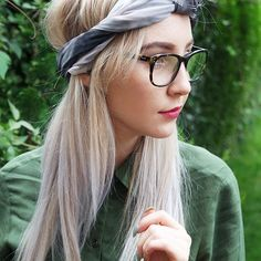 We've teamed up with Lauren from @intothewoodsstyle to create some gorgeous new styling tips with our scarves!