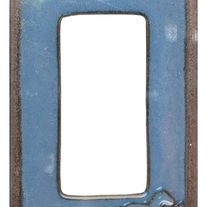 "Horse Switchplate - Spruce up that western decor by changing out your switch covers. Ceramic, these come retail packaged and include the required screws. Measures 4.75"" x 2.75"" x 0.25""."