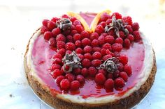 Butterfly cheesecake