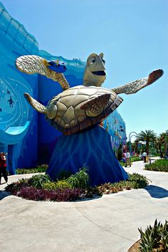 Finding Nemo Wing at The Art of Animation Resort at WDW! Disney Value Resorts, Disney Hotels, Disney Vacations, Disney Destinations, Disney Day, Disney Magic, Disney Parks, Walt Disney, Disney Art Of Animation