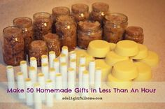 How I Made 50 Homemade Gifts in Less than an Hour (and how you can too) I love this idea for homemade lip balm, lotion bars, and sugar scrub. I like knowing what every ingredient in my beauty products are and making them yourself ensures that there are no Homemade Lip Balm, Homemade Gifts, Homemade Scrub, Lotion En Barre, Homemade Christmas, Christmas Diy, Christmas Presents, Merry Christmas, Christmas Gifts