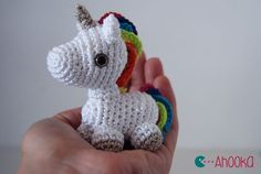 Tiny unicorn amigurumi by Ahooka - French site, it looks like you have to sign up for the newsletter to get the pattern.