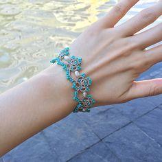 Tatting lace bracelet pdf pattern Baroque Pearl by TheKimAndI Tatting Armband, Tatting Bracelet, Tatting Earrings, Lace Bracelet, Tatting Jewelry, Lace Jewelry, Tatting Lace, Needle Tatting Patterns, Crochet Jewelry Patterns
