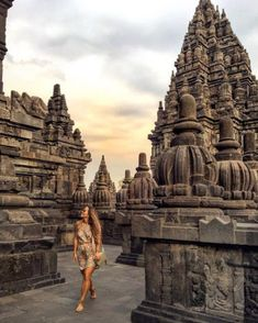 Hello from the Prambanan Temple in Yogyakarta, the biggest Hindu temple in Indonesia. Here is where you will not only be astounded by the… Bali Travel, Thailand Travel, Cambodia Travel, Angkor Wat Cambodia, Travel Ootd, Borobudur Temple, Vietnam, Hindu Temple, Insta Photo
