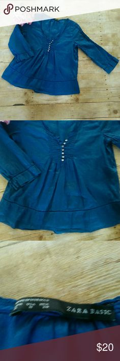 "Zara Basics Royal Blue Peasant Top Size Medium Excellent Condition Size Medium 56% ramie and 44% Cotton Armpit to armpit measures at 19"" Length measures at 23""  #619 Zara Tops"