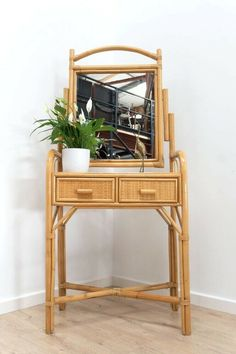 Vintage Bamboo & Wicker Rattan Dressing Table With Mirror & Drawers Yellow Dressing Tables, Dressing Table Decor, Dressing Table With Drawers, Furniture Dressing Table, Small Dressing Table, Dressing Table Mirror, Bamboo Table, Wicker Table, Rattan Furniture