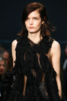 Vera Wang | Fall 2014 Ready-to-Wear Collection | Style.com