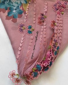 Floral Tie, Tejidos, Patterns, Needlepoint
