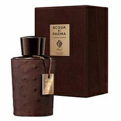 # 5 Colonia Intensa Oud de Acqua Di Parma   Como anécdota, dejaremos la colonia Intensa Oud de Acqua Di Parma, premiada como mejor olor de la categoría lujo y siendo, como era de esperar, uno de los más caros hoy vistos en De Ellos.