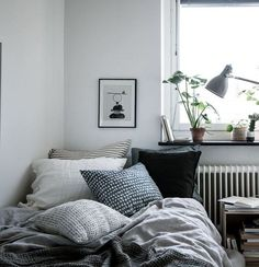 Home Interior Living Room Cozy home in natural tints - via Coco Lapine Design.Home Interior Living Room Cozy home in natural tints - via Coco Lapine Design Cozy Bedroom Design, Room Inspiration, House Interior, Bedroom Decor, Home, Interior, Home Bedroom, Cozy House, Home Decor