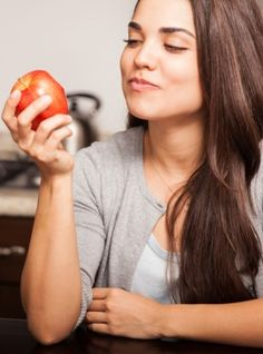 Dlaczego powinno się dokładnie przeżuwać? Bo to działa! - http://tvnmeteoactive.tvn24.pl/dieta,3016/dlaczego-powinno-sie-dokladnie-przezuwac-bo-to-dziala,186505,0.html