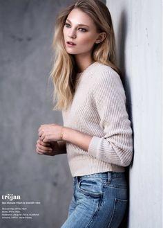 Cozy fall sweaters in ELLE Sweden.