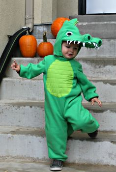 To go with the Princess Tiana theme for Halloween, I made an alligator costume for my old son. It is perfect for his personality. Cute Toddler Halloween Costumes, Handmade Halloween Costumes, Halloween Party Kostüm, Cute Costumes, Baby Costumes, Family Halloween, Costume Halloween, Halloween Ideas, Costume Ideas