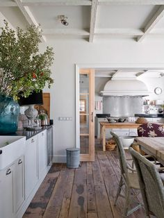 06-Interior Designer | Isabel López Quesada & A Country House in Segovia, Spain-This Is Glamorous