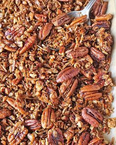 This Paleo Pecan Pie Granola is easy to make, crunchy, sweet, and so delicious! A great breakfast or snack that is gluten free, dairy free, and vegan!