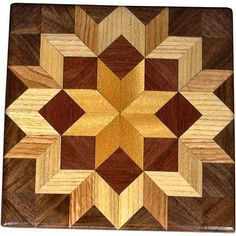 Bright Carpenters Wheel Quilt Block Carpenter's Wheel quilt block: 80 pieces on this block, 32 diamonds and 48 triangles, all full size. 4 species of wood Arte Pallet, Woodworking Plans, Woodworking Projects, Wooden Barn, Barn Quilt Patterns, Block Patterns, Creation Deco, Into The Woods, Barn Quilts